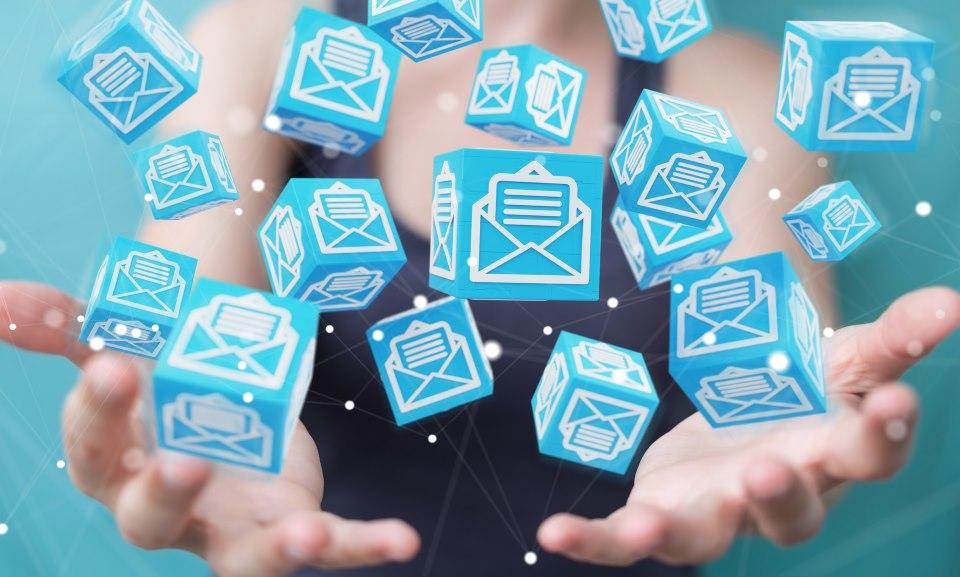 Newsletter mit Würfel-Symbolen