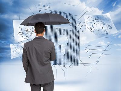 Mann mit Regenschirm