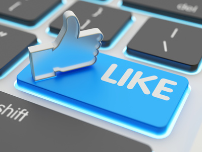 Social Media Like Daumen und Button auf Tastatur
