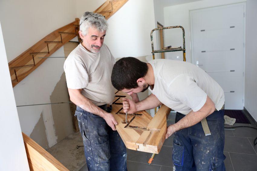 Treppenbauer bei der Arbeit