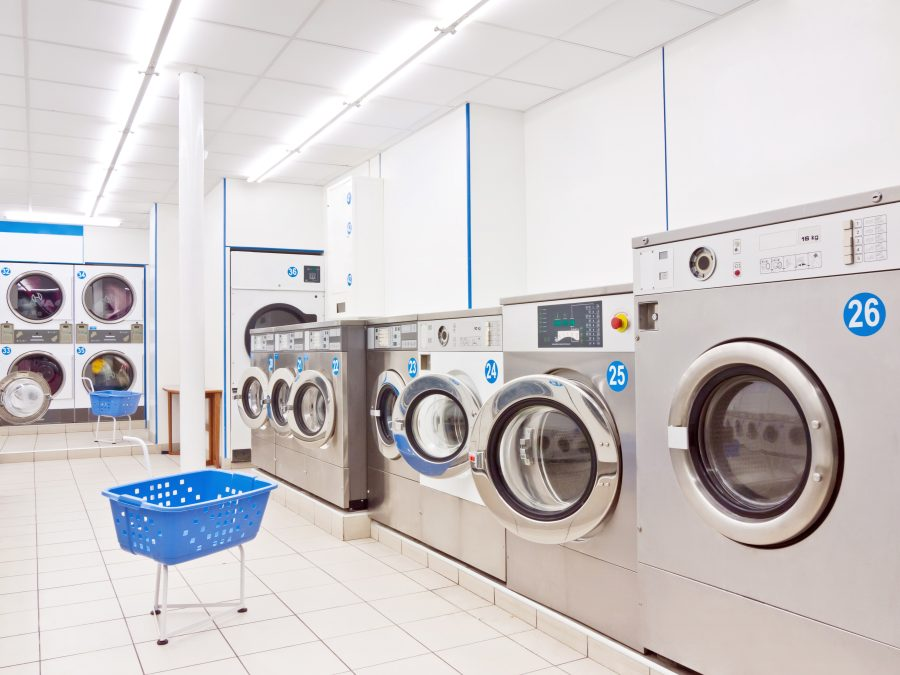 Waschmaschinen im Waschsalon