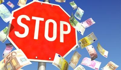 Geldscheine mit Stopp-Schild